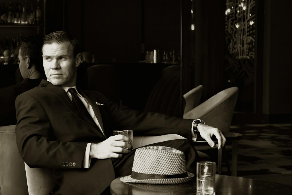 AMC Mad Men Costume Idea- Don Draper (Jon Hamm) in a 1960's bar